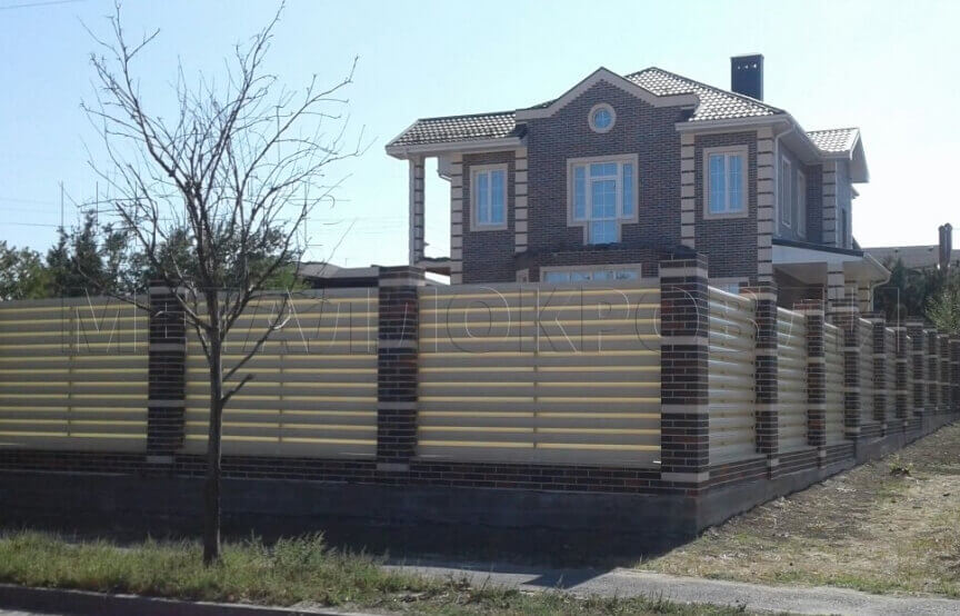 Забор для ограждения частной собственности